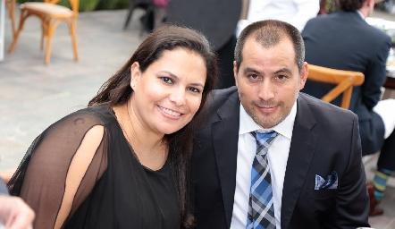 Lizet Azuaje y Luis Mercado.