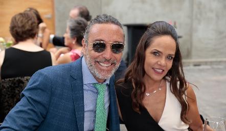 Mauricio y Mayu Carreón.