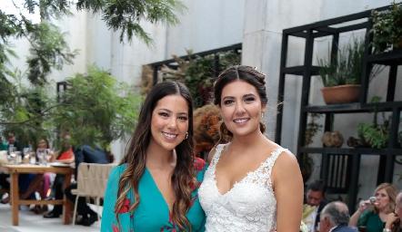 Renata Bustinsar y Diana Villanueva.