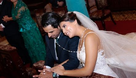 Samuel Romo y Diana Villanueva, ya son esposos.