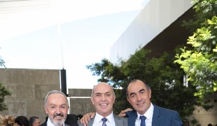 Javier Álvarez, Caly Hinojosa y Fernando López.