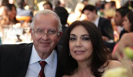 Raúl Romo e Irma Lara de Romo.