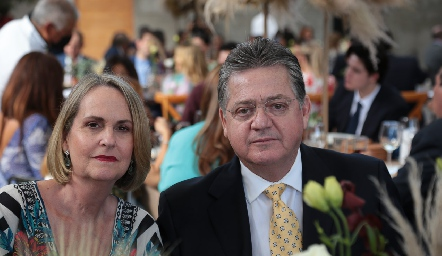 Cecilia Astaburuaga de Jiménez y Sergio Jiménez.