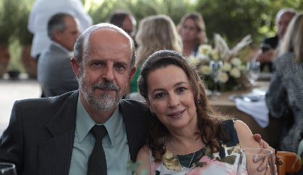Guillermo Romo y Lupita Lopéz.