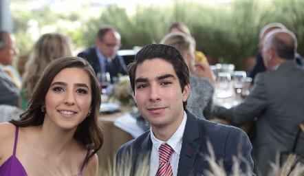 María y Roberto Reyes.