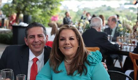 Enrique Villanueva y Claudia Ruiz de Villanueva.