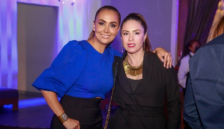 Flor Hernández y Mónica Barraza.