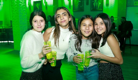 Manuela, María, Emma y Sofía.