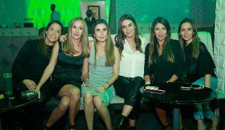Michelle Zarur, Lourdes Orozco, Karina Hernández, Marifer Leal y Bibi Perea.