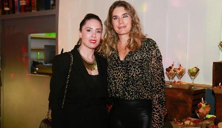 Mónica Barraza y Lorena Ibarra.