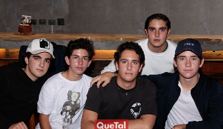 Alejandro Cambeses, Diego Payán, Roberto Silva, Javier Alcalde y Jacobo Payán.