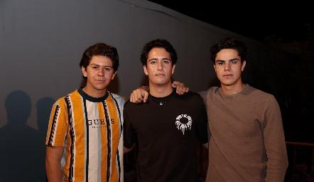 Patricio Ojeda, Roberto Silva y Fran Leos.