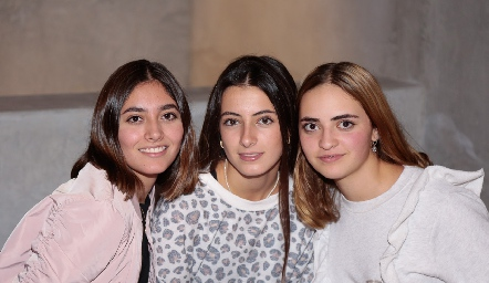 Valentina Salazar, Marina Nieto y Lorenza Hinojosa.