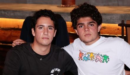 Roberto Silva y César Morales.