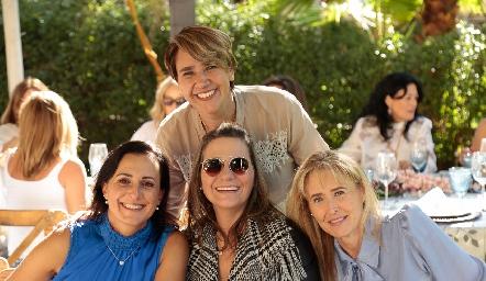 Susana Salgado, Adriana Valle, Claudette Mahbub y Sandra Revilla.