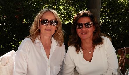 Claudia del Pozo y Montserrat Abella.