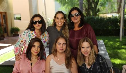 Paty Valadés, Maribel De Antuñano, Cynthia Sánchez, Gaby Martínez, Alba Altamirano y Maiela Conde.
