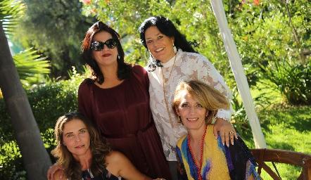 Lourdes Amador, Cynthia Sánchez, Lourdes del Valle y Verónica Dávalos.