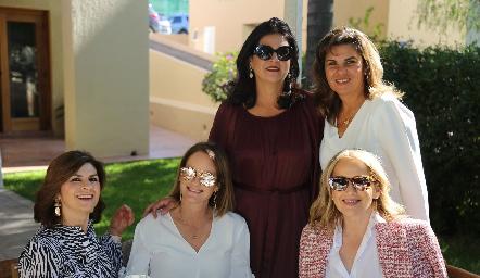 Lucía Escobedo, Rocío Gómez, Cynthia Sánchez, Montserrat Abella y Claudia del Pozo.