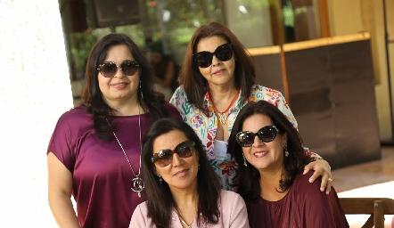 Gaby Martínez, Paty Valadés, Claudia del Pozo y Cynthia Sánchez.