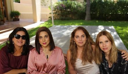 Cynthia Sánchez, Gaby Martínez, Alba Altamirano y Maiela Conde.