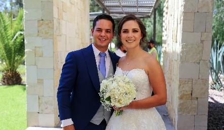 Luis González Fernández y Valeria Herrera Sutti ya son esposos.