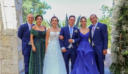 Luis González, Kikis Fernández, Vale Herrera, Luis González, Valeria Sutti y Alejandro Herrera.