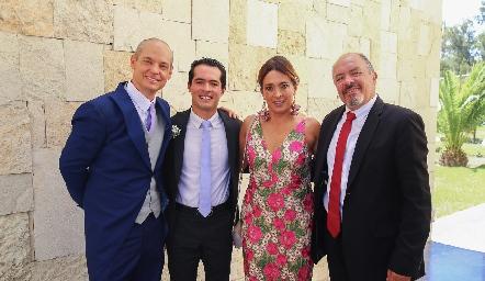 Luis González, Eduardo González, Odile Sánchez y Eduardo González.