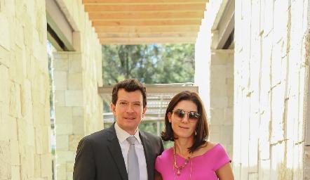 Héctor Salas y Paulina Vivanco.
