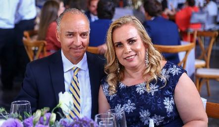 Roberto Pro y Claudia Ayala.