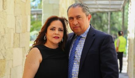 Gaby Carreón y Javier Córdova.