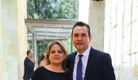 Elizabeth Hernández y Juan Cardona.
