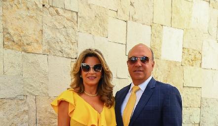 Bertha Barragán y Roberto Alcalde.
