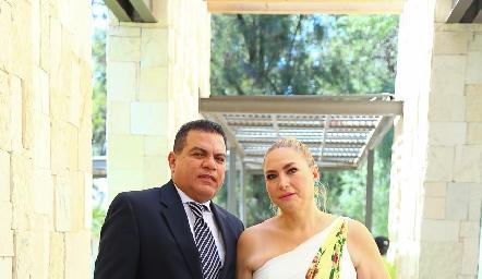 José Luis y Mariana Arteaga.