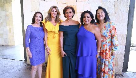 Carmen Bravo, Bertha Barragán, Consuelo, Laura Rodríguez y Diana Iwadare.