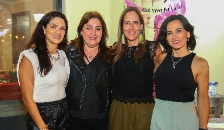 Daniela Gutiérrez, Deyanira Cázares, Adriana Pedroza y Anilú Enríquez.