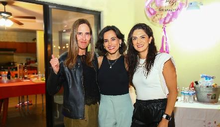 Adriana Pedroza, Michelle Zarur, Anilú Enríquez y Daniela Gutiérrez.