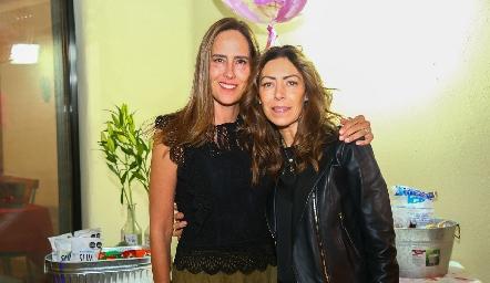 Adriana Pedroza y Anna Astrid Navarro.