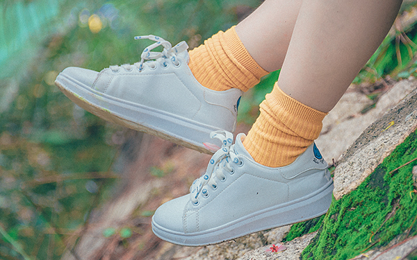 3 trucos para mantener tu calzado blanco todos los días