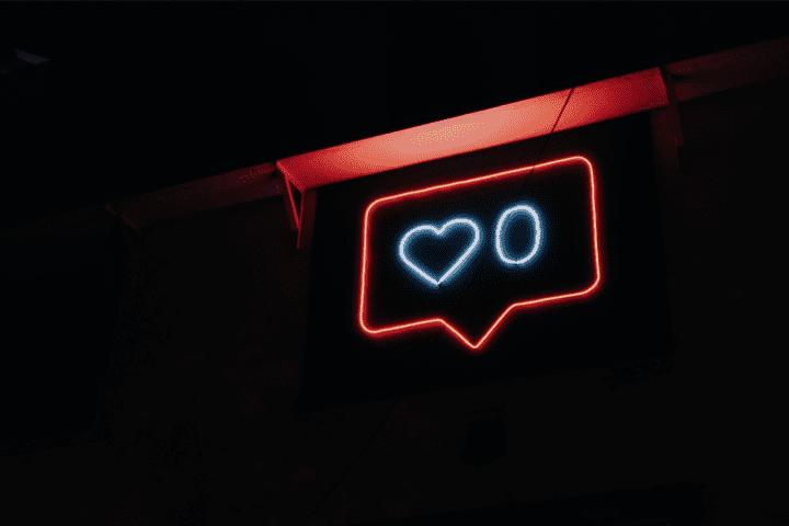 Compartir publicaciones con tu pareja en redes sociales podría beneficiar la relación