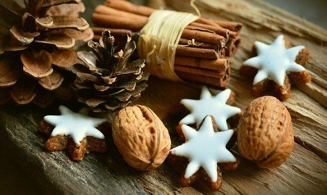 Decorar tu árbol de Navidad con elementos naturales