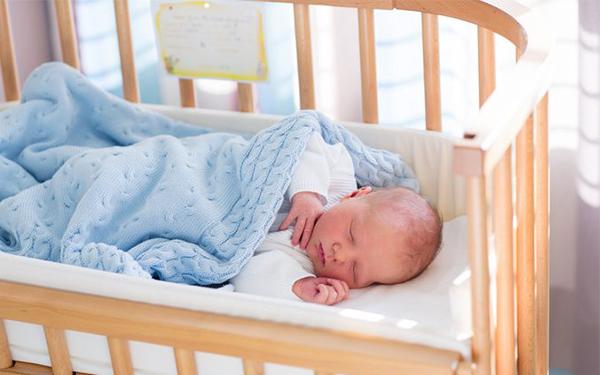 ¿Cómo debe de ser la habitación de mi bebé?
