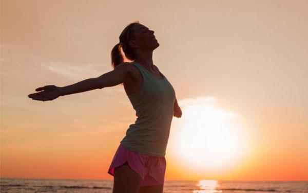 Fuera, toxinas: ¿cuál es la mejor manera de desintoxicar tu cuerpo?