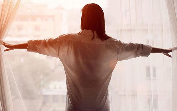 Errores que cometemos al despertar y que afectan nuestra salud