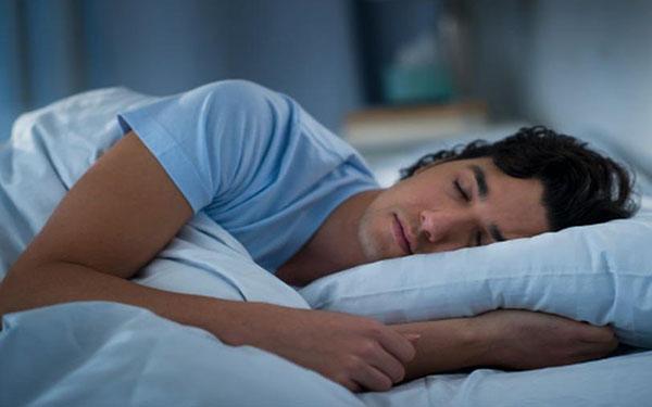 Siete cosas que no debes hacer antes de irte a dormir