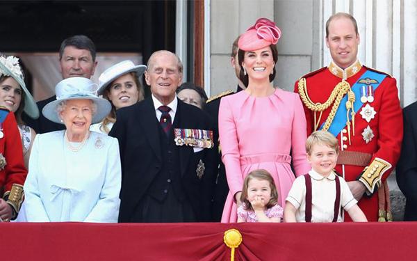 La familia real publica fotos inéditas por Navidad