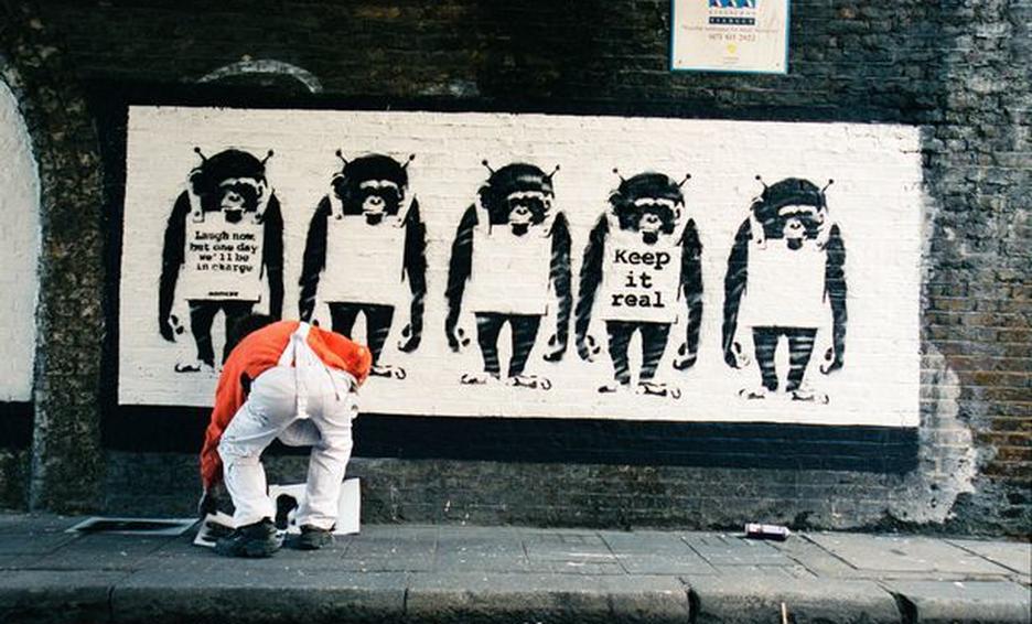 Banksy podría tener que revelar su identidad para conservar los derechos de su arte