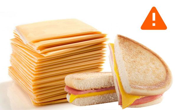 ¿Qué es en realidad el queso amarillo? Lo que está detrás de su sabor