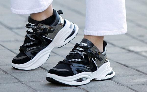 Los zapatos de la temporada y cómo combinarlos con las últimas tendencias
