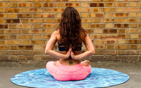 Conéctate con tu paz interior y empieza el 2019 brillando con estos ejercicios de yoga